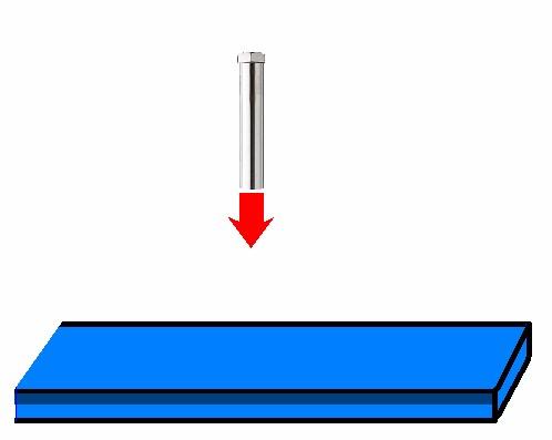 熱風ヒーターによる樹脂板の予熱