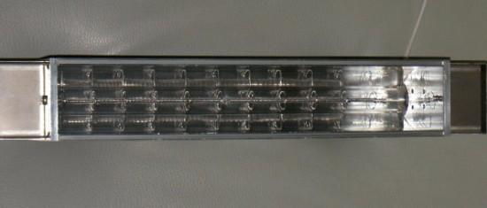 最強力5kwラインヒーターは有効ミラー長280mmに200v-5kwという大出力ランプを組み合わせました。