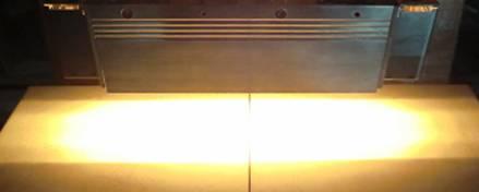 HLH-60W 面加熱用 水冷式平行光型ハロゲンラインヒーター