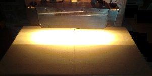 HLH-60W  高出力面加熱用 水冷式平行光型ハロゲンラインヒーター
