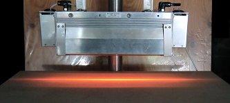 HLH-65W 長距離線加熱用 水冷式集光型ハロゲンラインヒーター