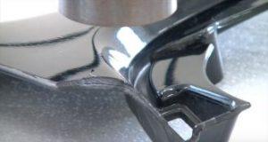 熱風ヒーターを使用したHDPEバンパーのバリ取り