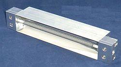 平行光型遠赤外線ラインヒーター FLH-35シリーズ
